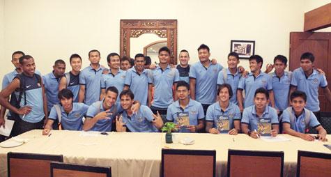 Suara Pesepakbola Indonesia untuk FIFA FIFPro World XI 2012